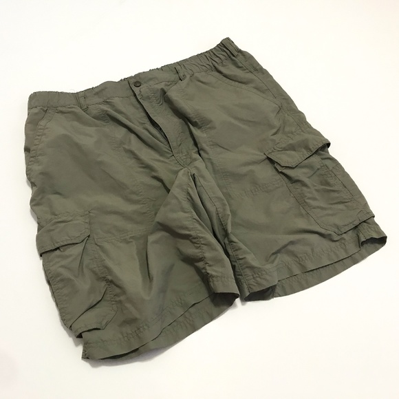 8af7d63de0 REI Mens 2XL Cargo Shorts Olive Green Nylon UPF 50.  M_5b5f753f7386bc73c30f26fa